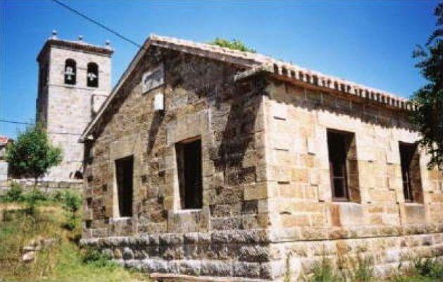 https://navamuel.com/images/Edificios/Escuela.jpg