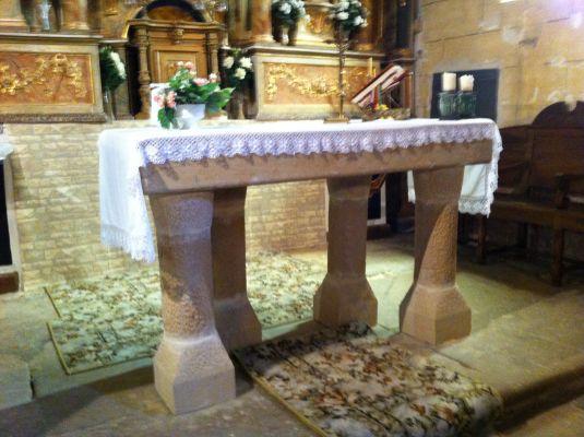 https://navamuel.com/images/IglesiaInterior/Altar.jpg