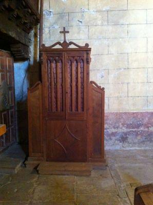 https://navamuel.com/images/IglesiaInterior/Confesionario.jpg